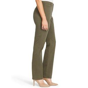 Gloria Vanderbilt Amanda Classic Tapered Trouser